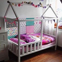 Кровать детская домик Topovik Белая W1