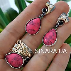 Серебряный комплект серьги и кольцо с золотом и розовой бирюзой