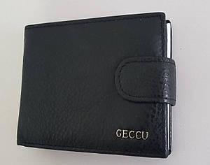 Мужской кожаный кошелек черного цвета