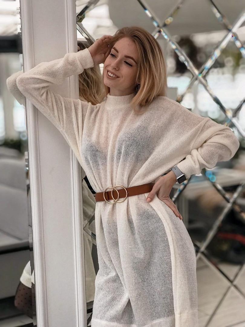 0e0dc842130 Женское белое теплое платье туника из тонкой вязки миди длины ...