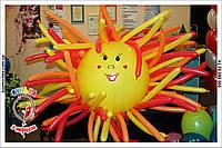 Яркое солнышко из воздушных шариков