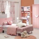 Как украсить детскую комнату при помощи мягких игрушек?