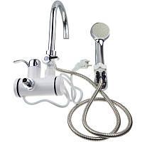 Проточный водонагреватель на кран электрический с насадкой для душа.