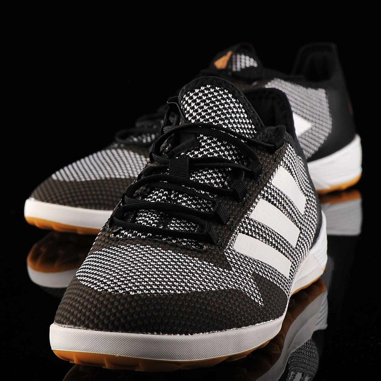 Обувь для футбола  Adidas ACE Tango 17.2 IN
