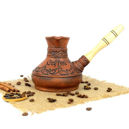 Турка Coffee красная керамика 500 мл с деревянной ручкой