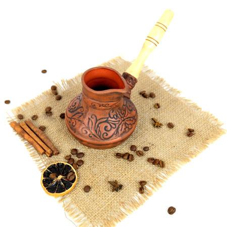 Турка Coffee красная керамика 300 мл с деревянной ручкой
