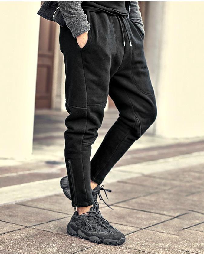 Теплые спортивные черные штаны с начесом
