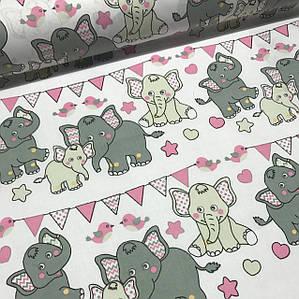 Хлопковая ткань польская слоники с треугольными флажками серо-розовые отрез (размер 3,8*1,6 м)