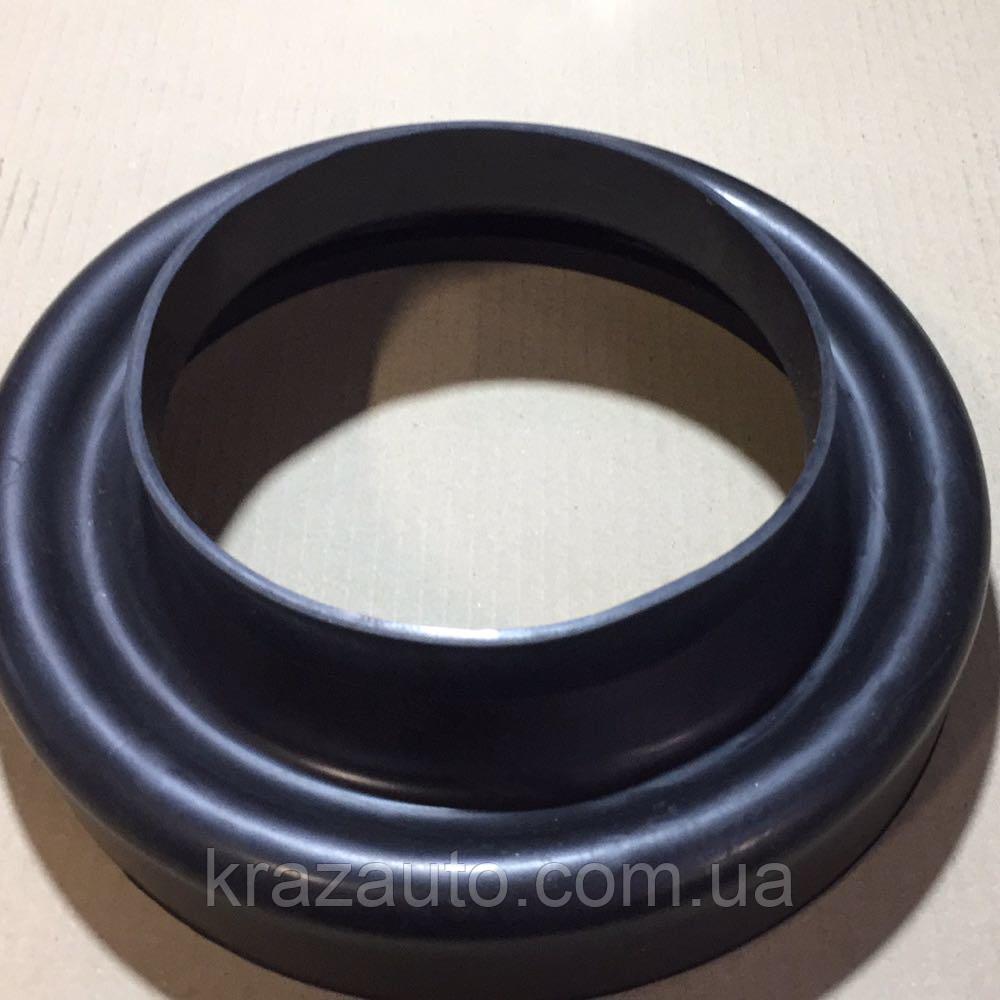 Переходник фильтра воздушного КрАЗ 6437-1109774