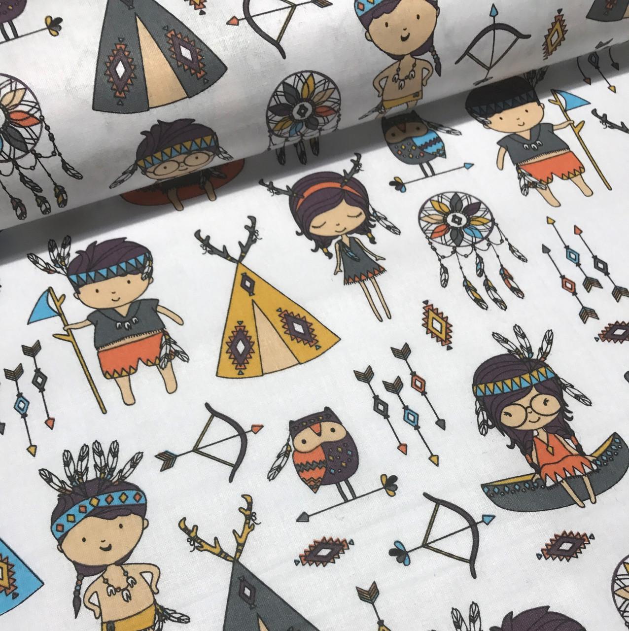 Хлопковая ткань польская с маленькими индейцами на белом отрез (размер 0,35*1,6 м)
