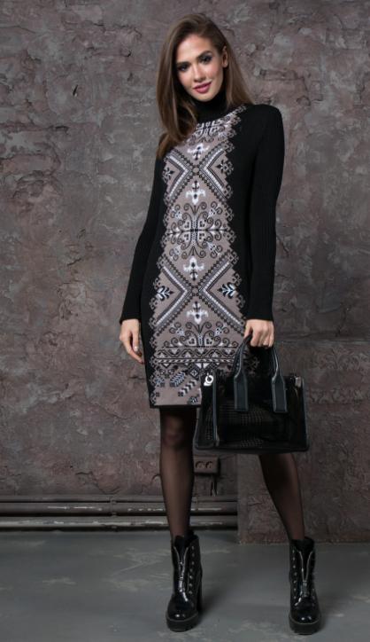 Женское вязанное платье  под шею - Ольга