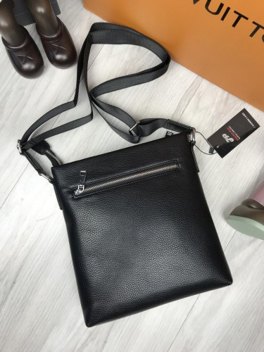 e41decc642fe ... фото Мужская сумка-планшетка Salvatore Ferragamo черная экокожа через  плечо унисекс Сальваторе Феррагамо реплика, ...