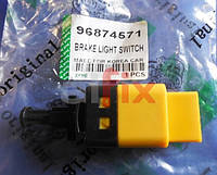 "Датчик стоп-сигнала AVEO/LACETTI/TACUMA 4-х конт. ""DM"" 96874571 (шт.)"