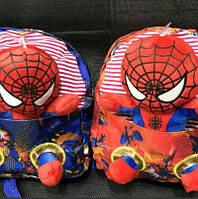 Детские рюкзаки Человек Паук для мальчиков 26*23 см (с игрушкой)