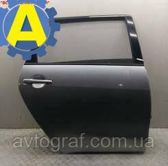 Дверь задняя правая на Mitsubishi Grandis (Митсубиси Грандис) 2003-2011