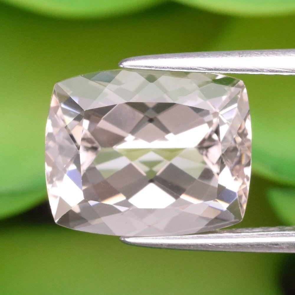 Камень морганит Морганит 4.65ct 11x9 mm