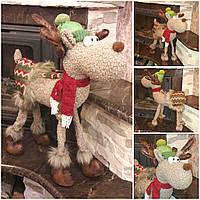 Позитивный олень в шапке, ручная работа, выс. 64 см., 900/800 (цена за 1 шт. +100 гр.)