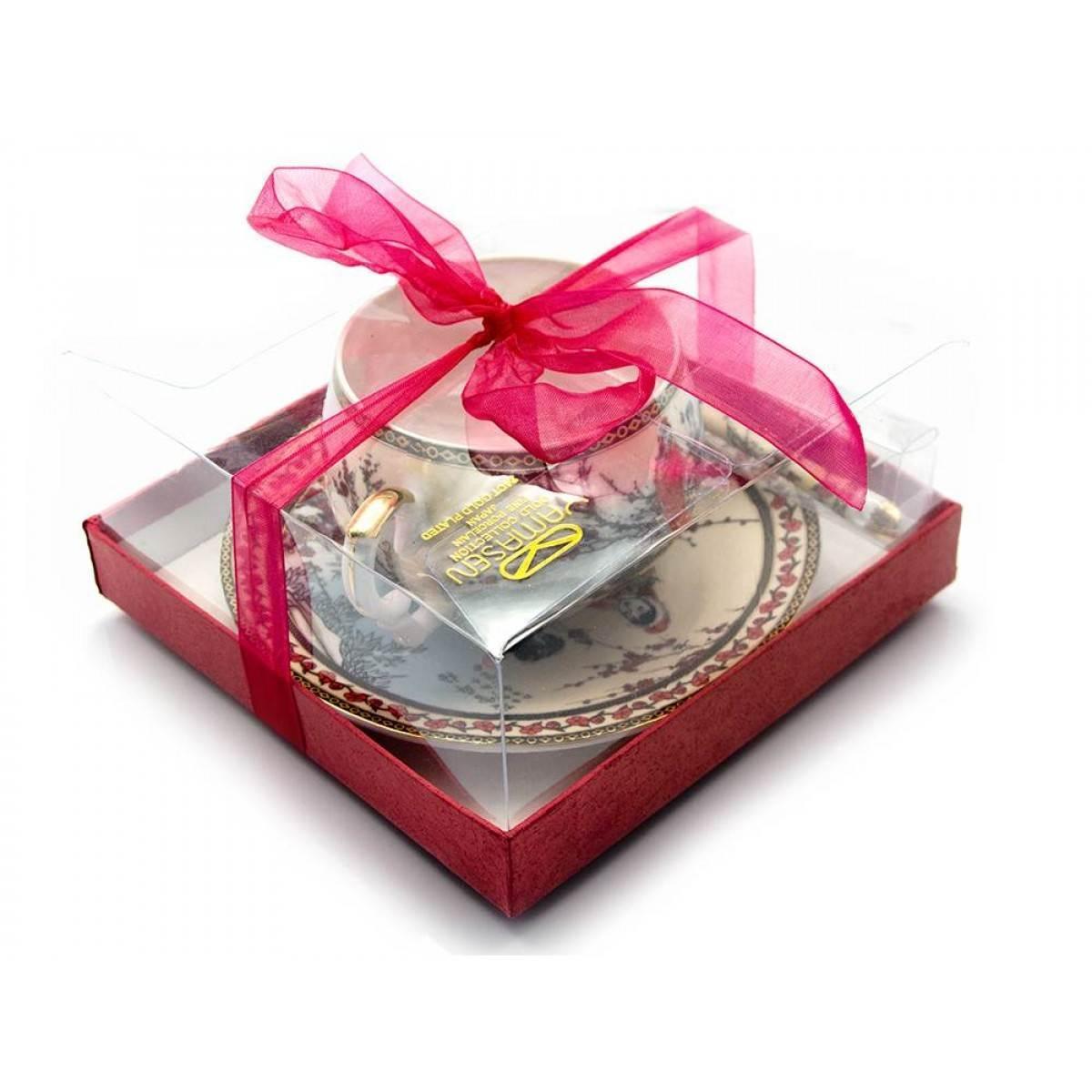 Подарочная чашка и блюдце Сакура
