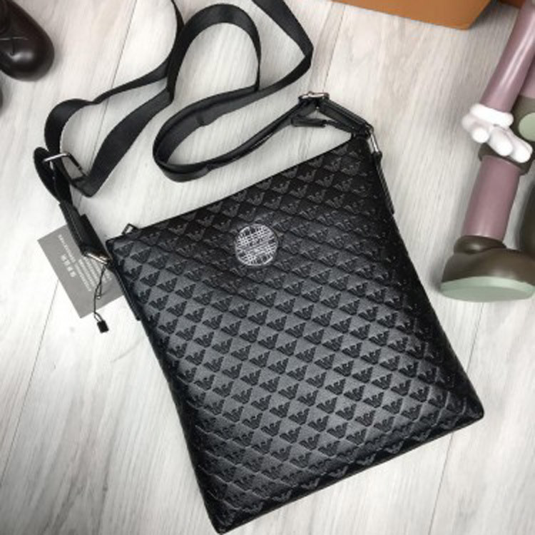 1664ea59bcda Трендовая женская сумка-планшет Giorgio Armani черная кожа ПУ планшетка  через плечо унисекс Армани реплика