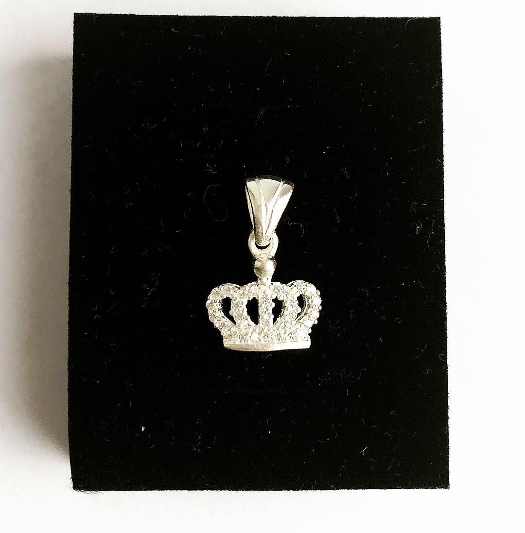 Подвеска из серебра Мої прикраси в стиле минимализм с куб. цирконом корона