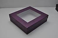 Подарочная коробка 300*280*80 мм с выборочной лакировкой и пластиковым окошком
