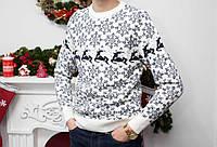 Стильный молодежный свитер с оленями хит зима 2019