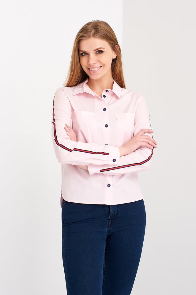 ee8fdd0a979 Спинка рубашки удлиненная с закругленными краями. Рукав длинный
