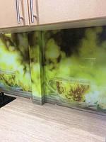 Трубу закрыли стеклянным коробом