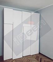 г. Киев, б-р Шамо. Шкаф 4-D белый крашенный матовый.