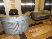 Стойка ресепшн полукруглая в бизнес центр, торговый центр (офисная мебель под заказ в Киеве) (R-38)