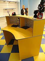Стойка ресепшн (кассовая стойка) в магазин. Торговая и коммерческая мебель под заказ, Киев (R-75)