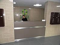 Стойка ресепшн консьержа подьезж жилого комплекса. Коммерческая и офисная мебель под заказ, Киев (R-76)