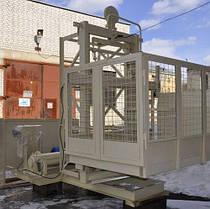 Высота подъёма Н-75 метров. Строительный подъёмник грузовой мачтовый г/п 1500 кг, 1,5 тонны., фото 3