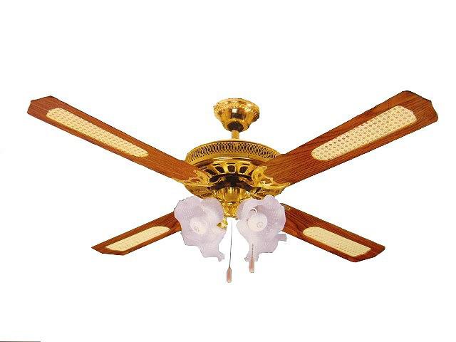 Вентилятор с 4 лампами