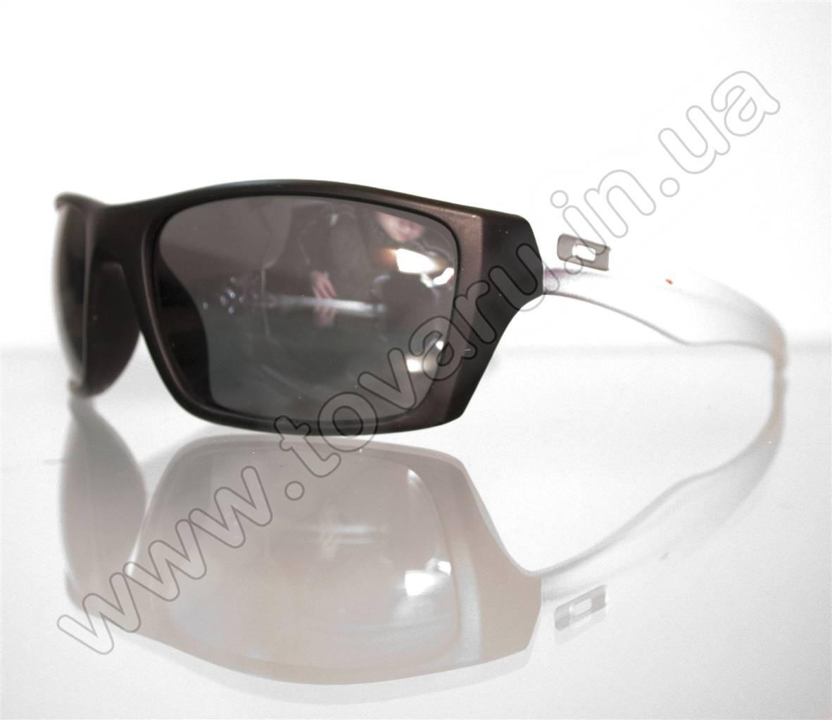 Оптом Очки мужские солнцезащитные спортивные - Черно-белые - T81