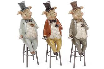 Декоративная фигурка Свин на стуле, 3 вида, 21см