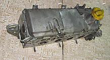 Головка блока циллиндров двигателя Рено 1.4 / 1.6 8V б/у