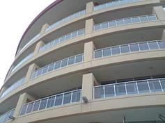 Алюминиевые перила на балкон