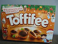 Конфеты Toffifee в новогодней упаковке 400 г.