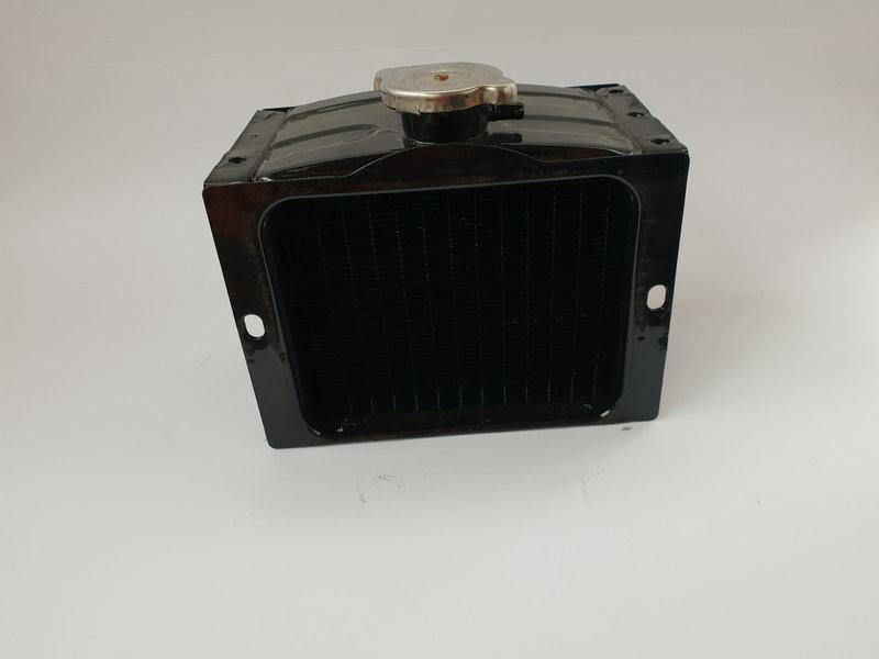 Радиатор на мотоблок медный 180R (8 л.с.)