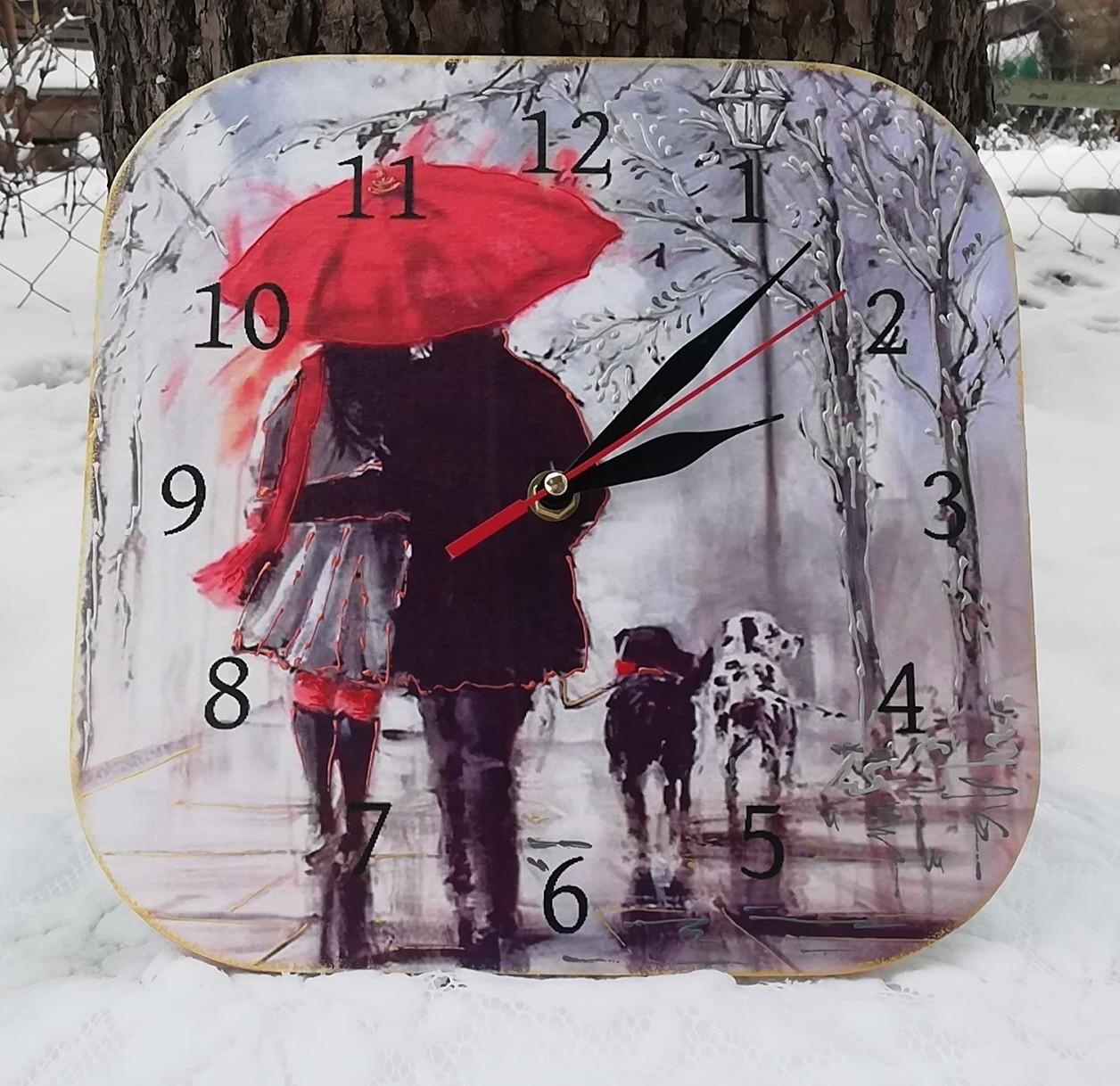 Настенный часы интерьерные под красным зонтом