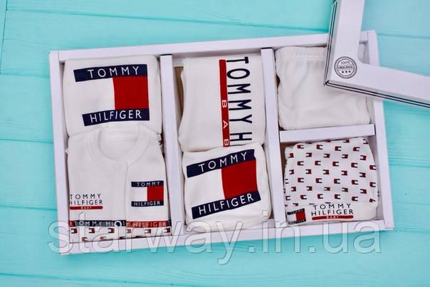 Детский набор одежды TH (в наборе семь единиц) в коробке