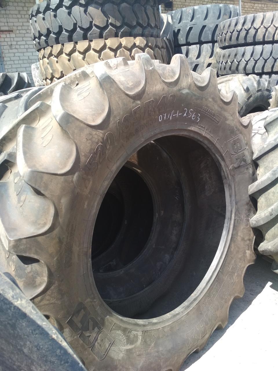 Шина б/у 520/85R42 (20.8R42) BKT RT855 для трактора MASSEY FERGUSON, NEW HOLLAND