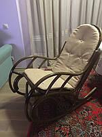 Кресло-качалка плетеное из ротанга Бриз