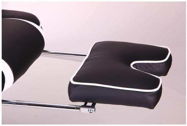 Кресло VR Racer Edge Omega черный/белый (Фото 11)