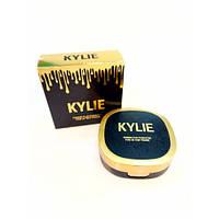 Компактная пудра для лица в стиле Kylie 2 в 1 Цвет №4