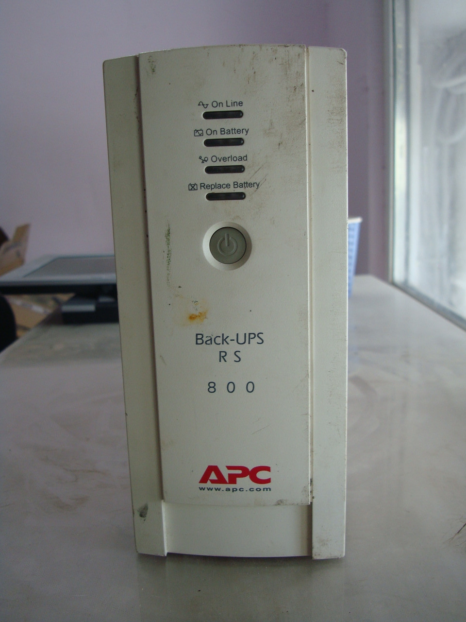 Б/у  ибп APC Back-UPS RS 800VA