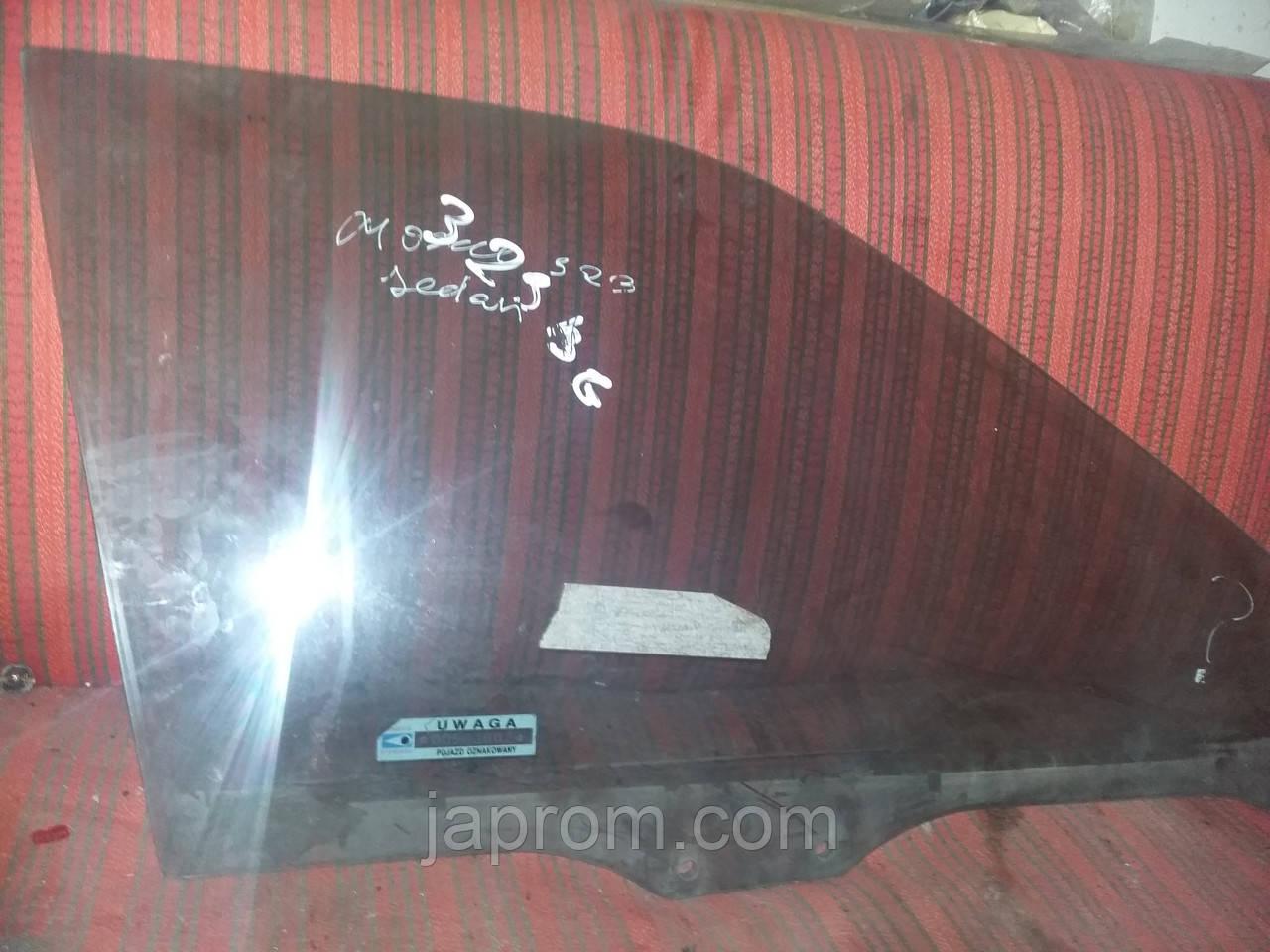 Стекло передней двери правой Mazda 323 BG 1988-1994г.в.