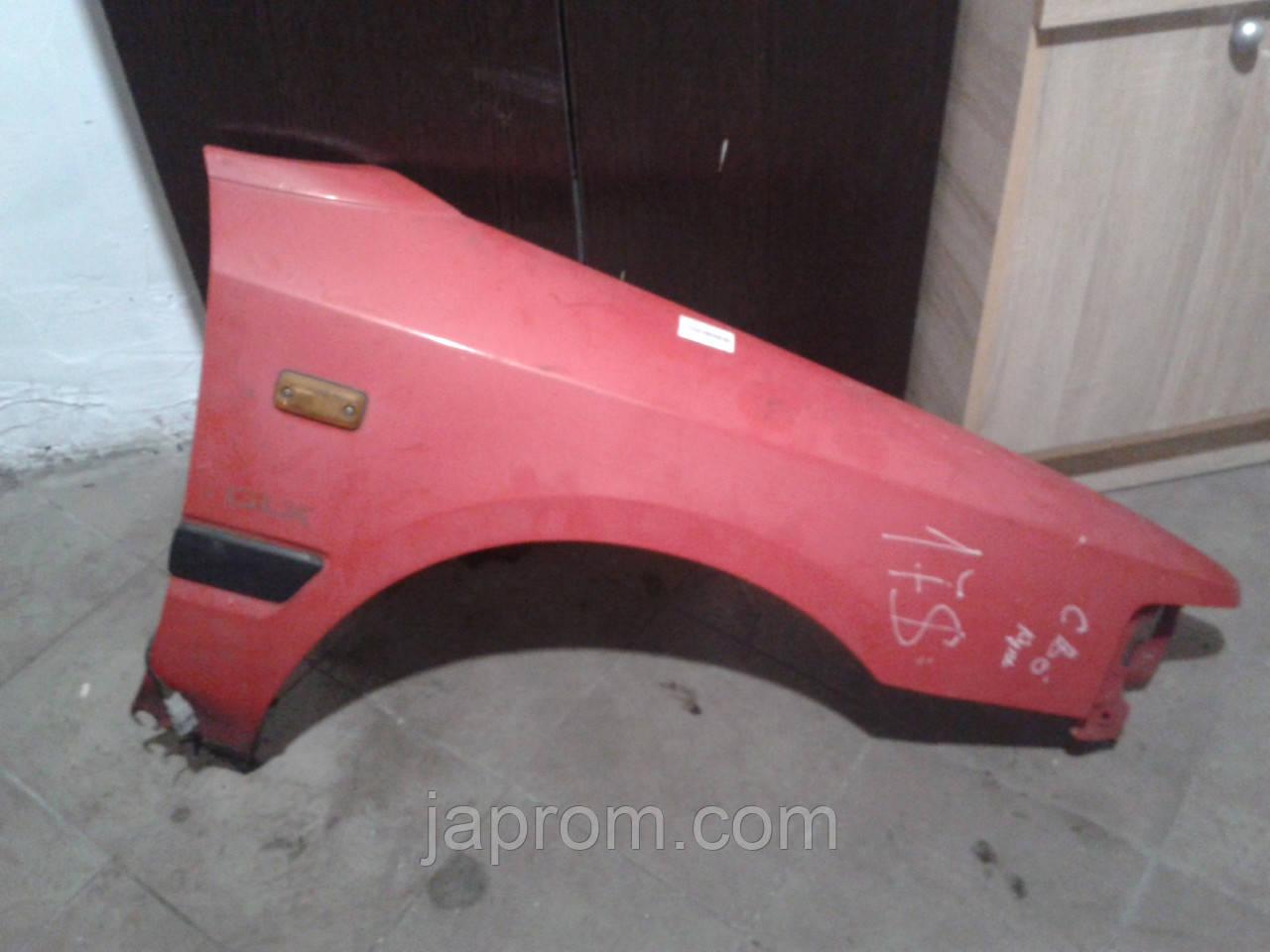 Крыло переднее правое Mazda 323 BG 1988-1994 г.в. купе красное