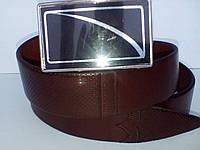 Модный кожаный коричневый ремень автомат